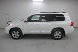 Toyota Land Cruiser 2015 Toyota Landcruiser 100% Excellent Condition
